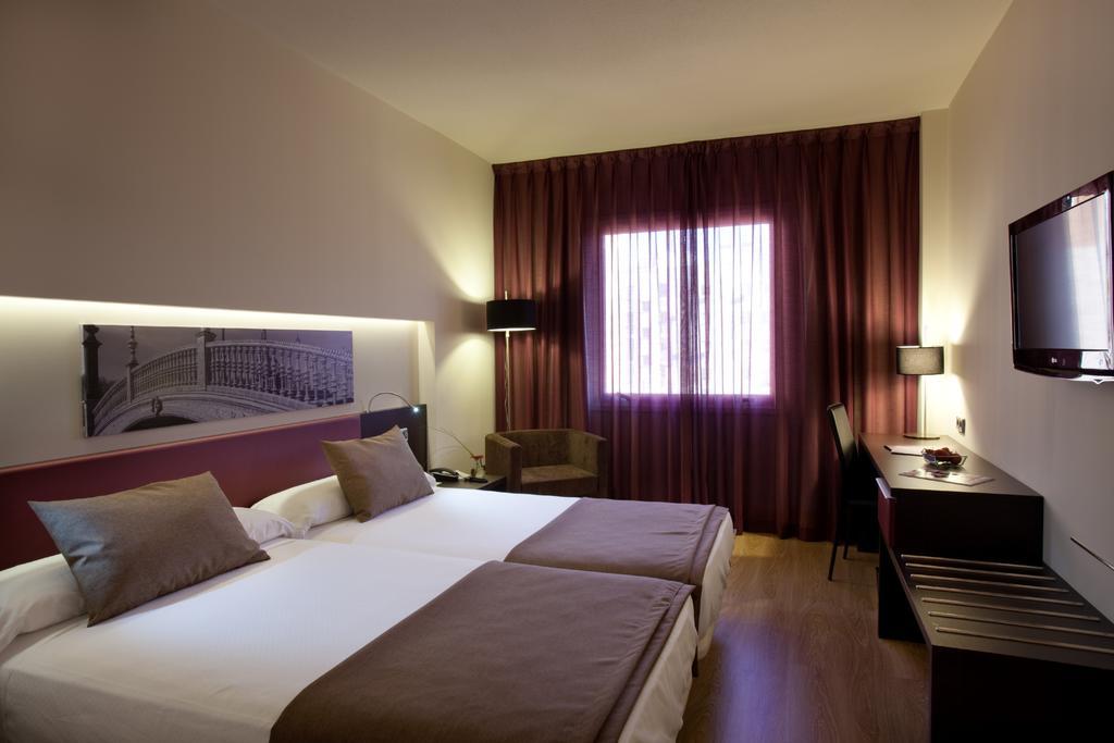HOTEL AYRE SEVILLA - OFERTA 2 NOCHES - VIERNES Y SÁBADO